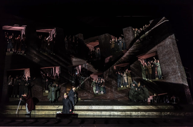 Wagner: Lohengrin - (Photo ROH/Clive Barda)