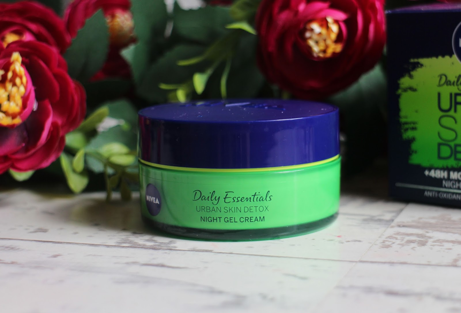 Nivea Urban Skin Defence & Detox