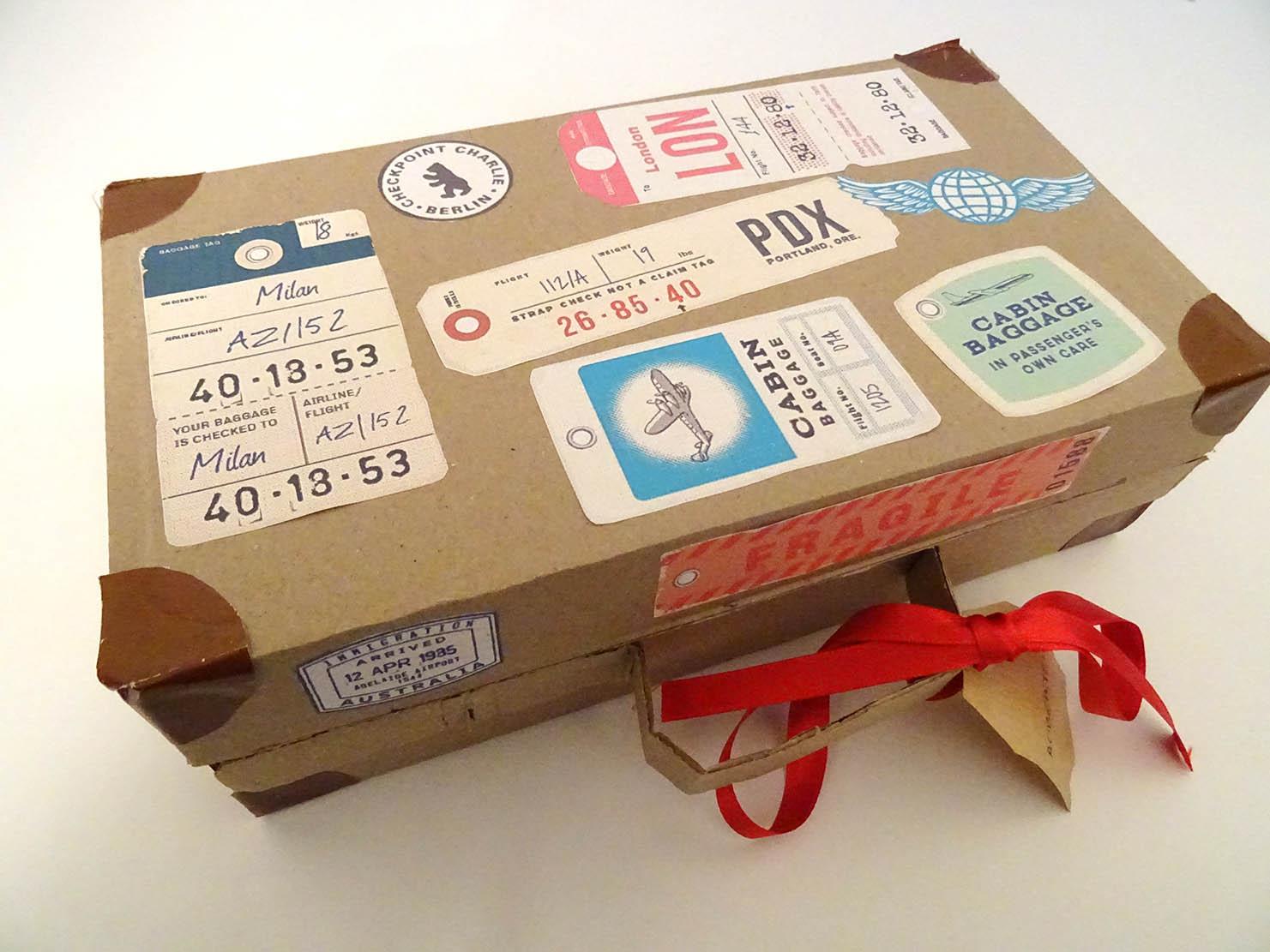 Maleta vintage cartón diy