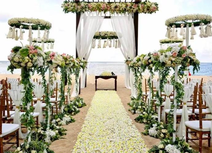 dekorasi dan hiburan modern pernikahan