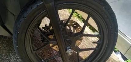 Cara Merawat Velg Motor Agar Tetap Hitam dan Tidak Usang