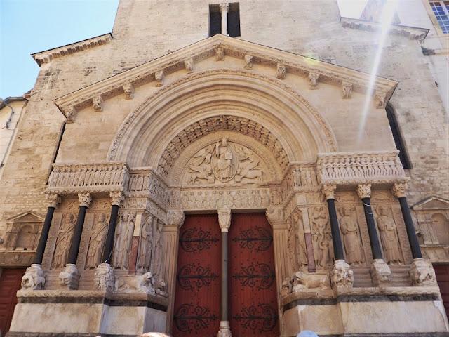 Iglesia Saint-Trophime Catedral, Arles