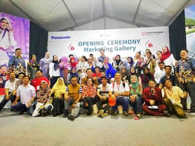 foto bersama opening ceremoby marketing gallery savasa deltamas sinar mas land sojitz panasonic nurul sufitri blogger