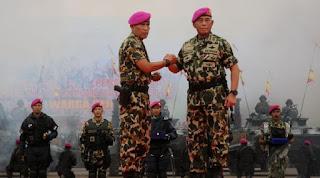 Mantap Jendral ! Menhan Tolak Perintah Jokowi Cari Kuburan Massal 1965 - Naon Wae News