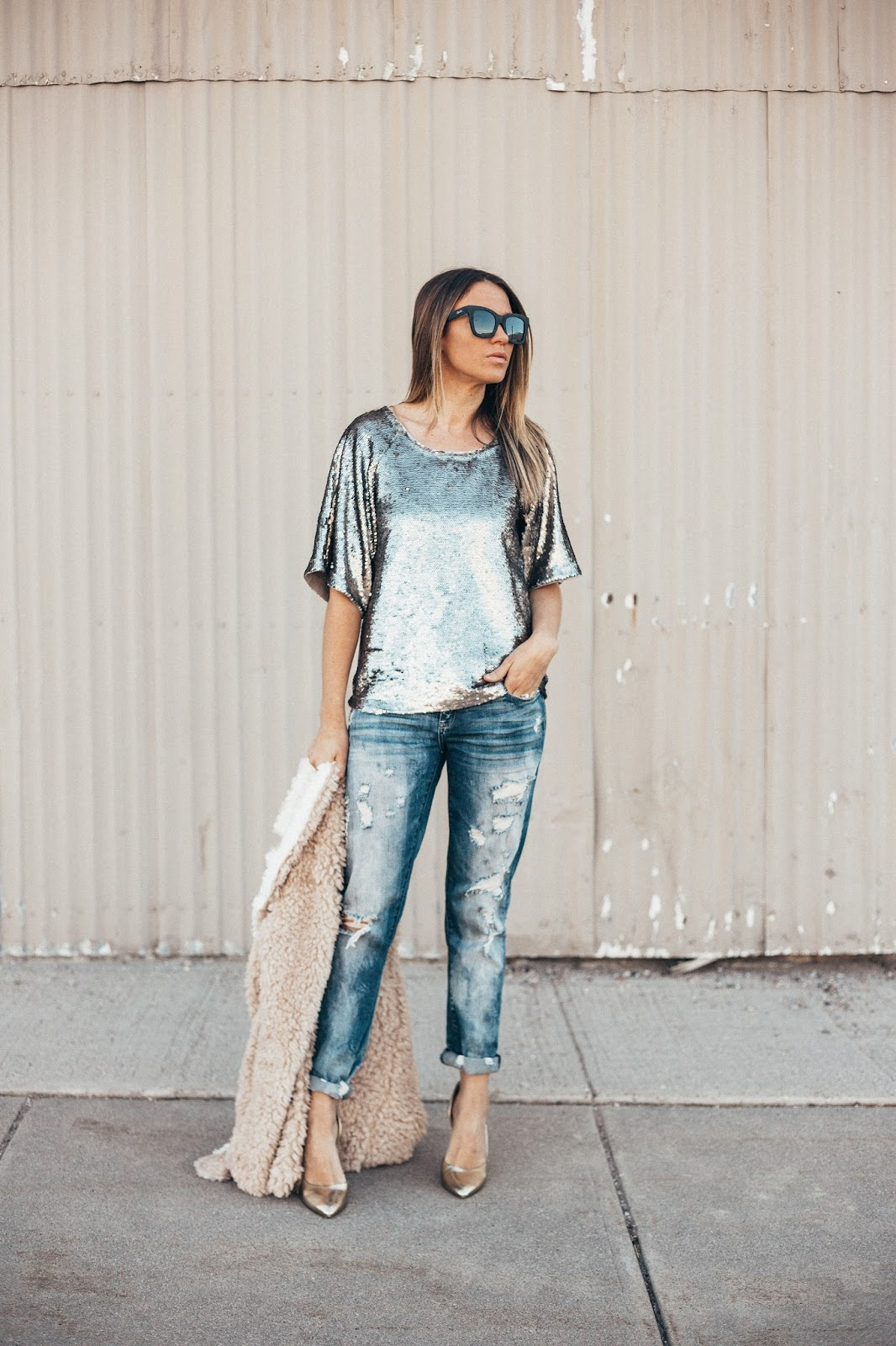 Easy Holiday Outfit by Colorado fashion blogger Eat Pray Wear Love