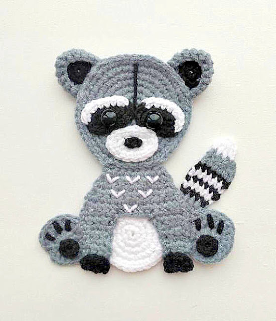 raccoon applique crochet pattern