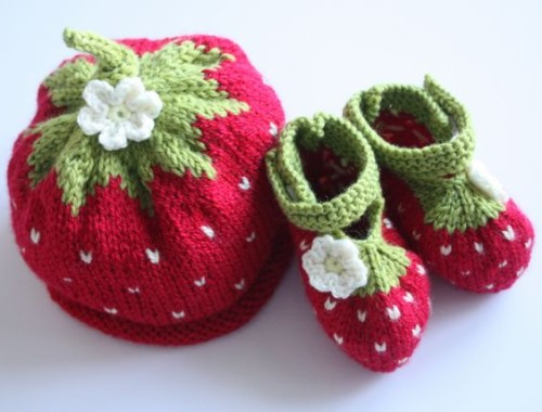 Strawberry Baby - Free Pattern