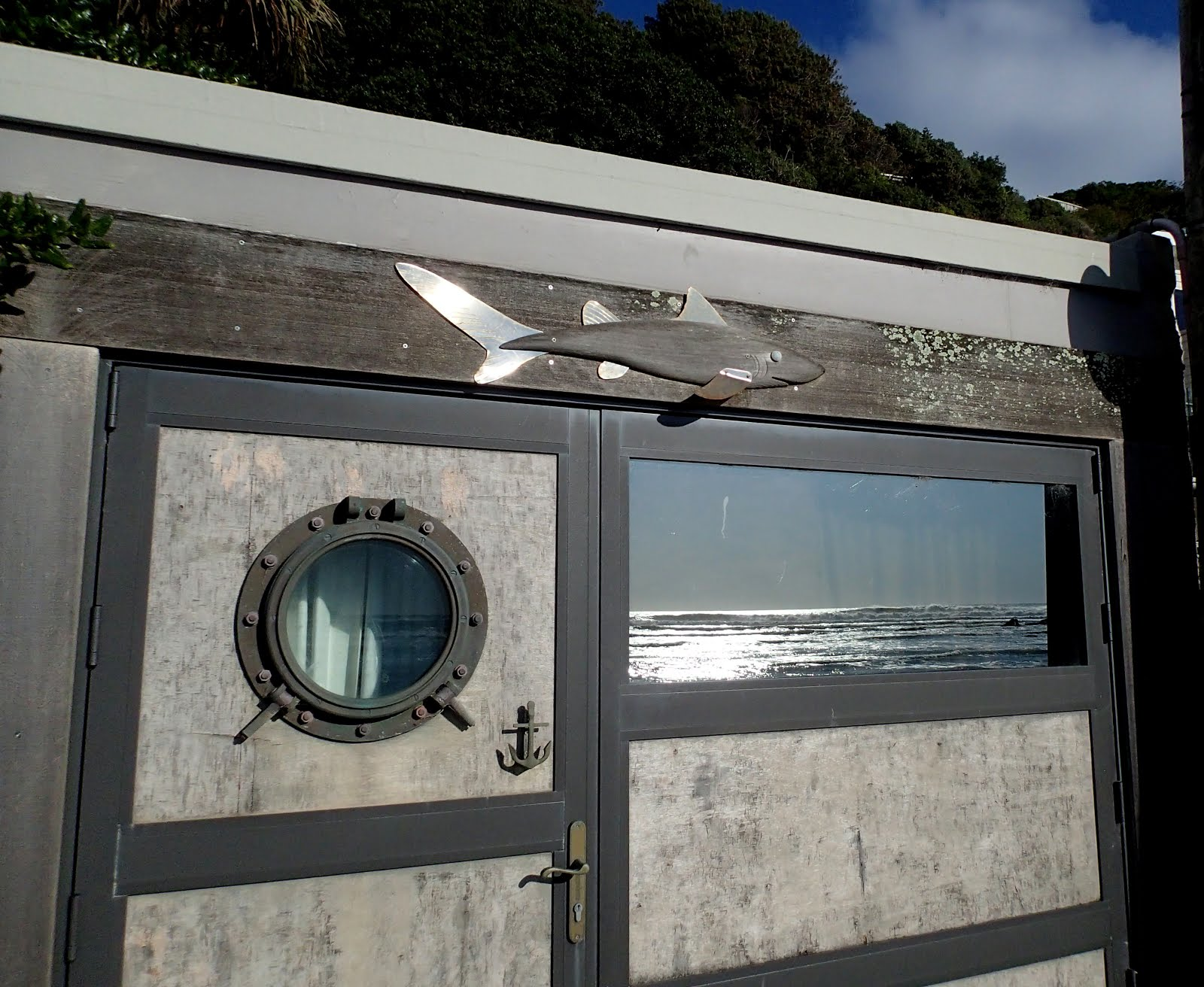 Garage door, Pukerua Bay