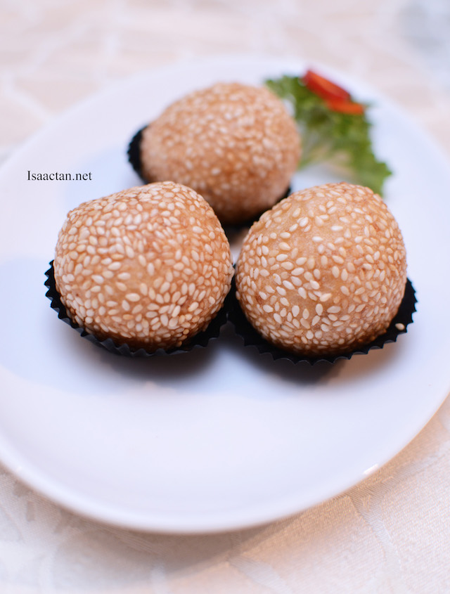 Deep Fried Sesame Balls with Lotus Paste