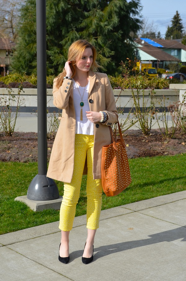 How to Style GAP Polka Dot Jeans