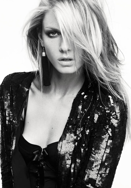 facebo angela lindvall born - 450×641