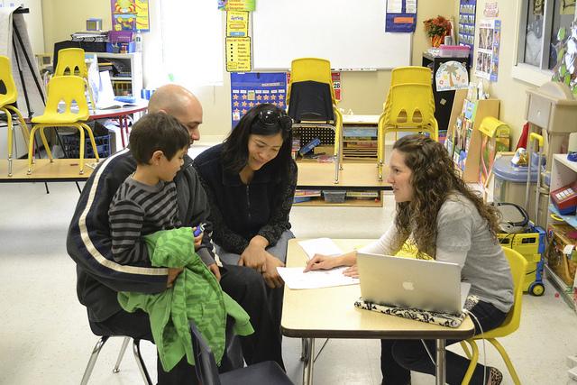 teacher dating a students parent