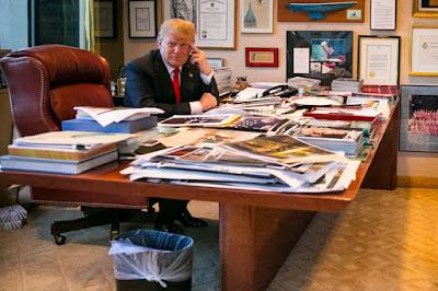 โต๊ะทำงานของโดนัล ทรัมป์