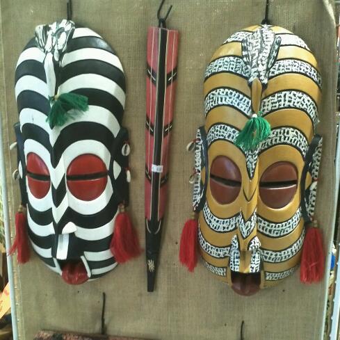 afrikanische masken bedeutung wohn design. Black Bedroom Furniture Sets. Home Design Ideas