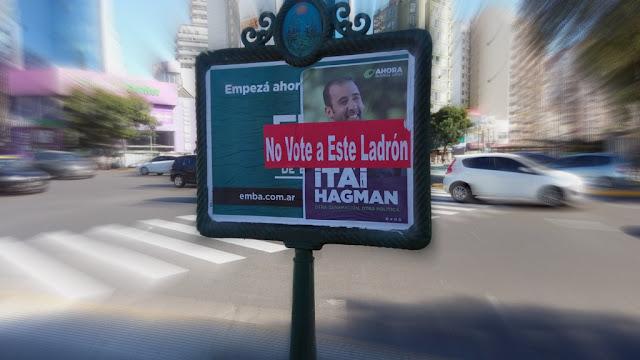 Limpieza de afiches políticos ilegales en el comienzo de la campaña electoral