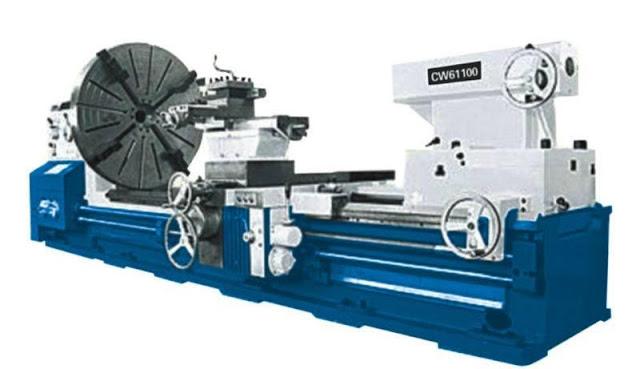 Mechanical Engineering  Heavy Duty Lathe Machine