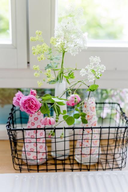 Von kleinen Küchenaugenblicken und Unkraut in der Vase, Pomponetti, Giersch