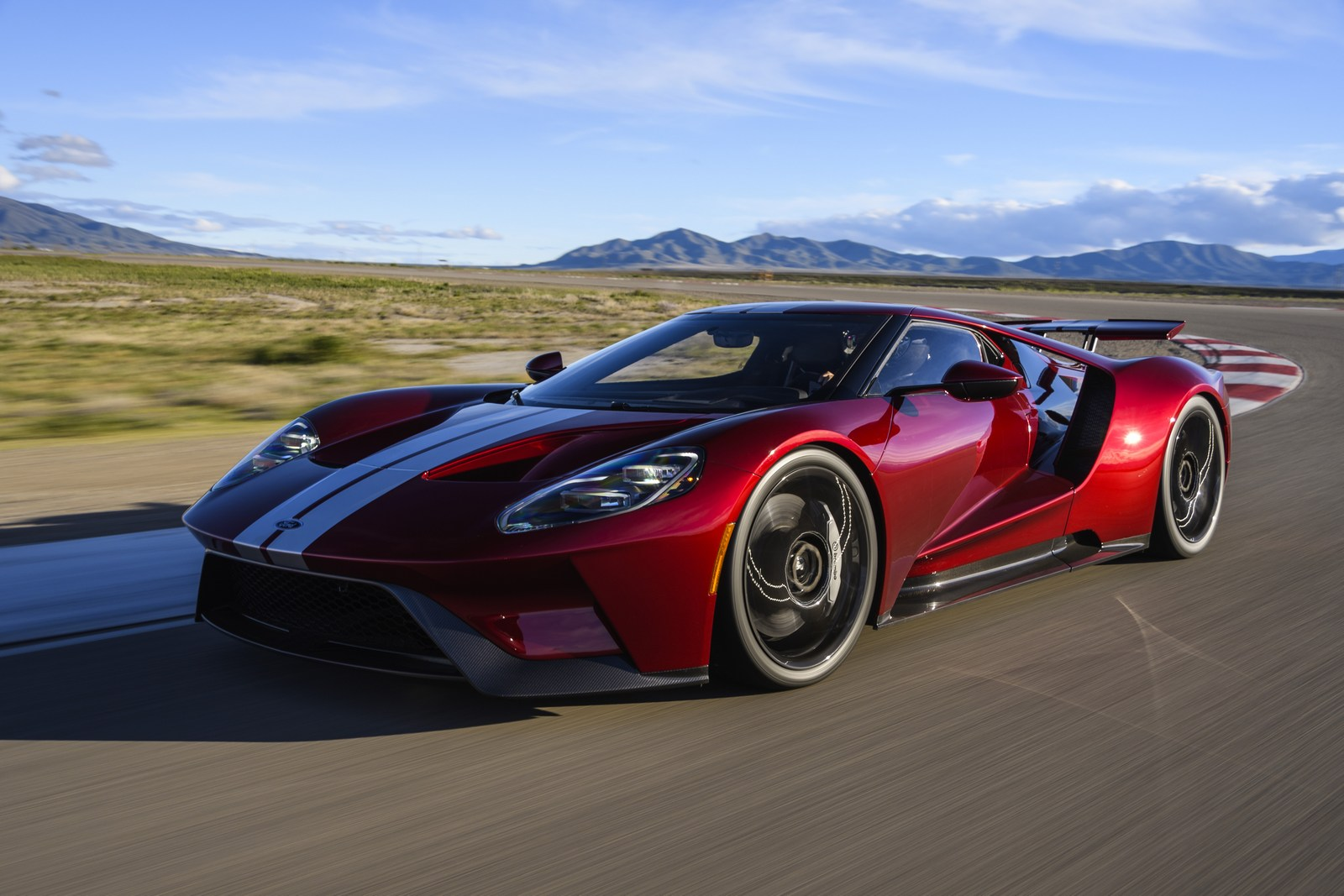 ford gt production hits a snag deliveries to be delayed carscoops. Black Bedroom Furniture Sets. Home Design Ideas