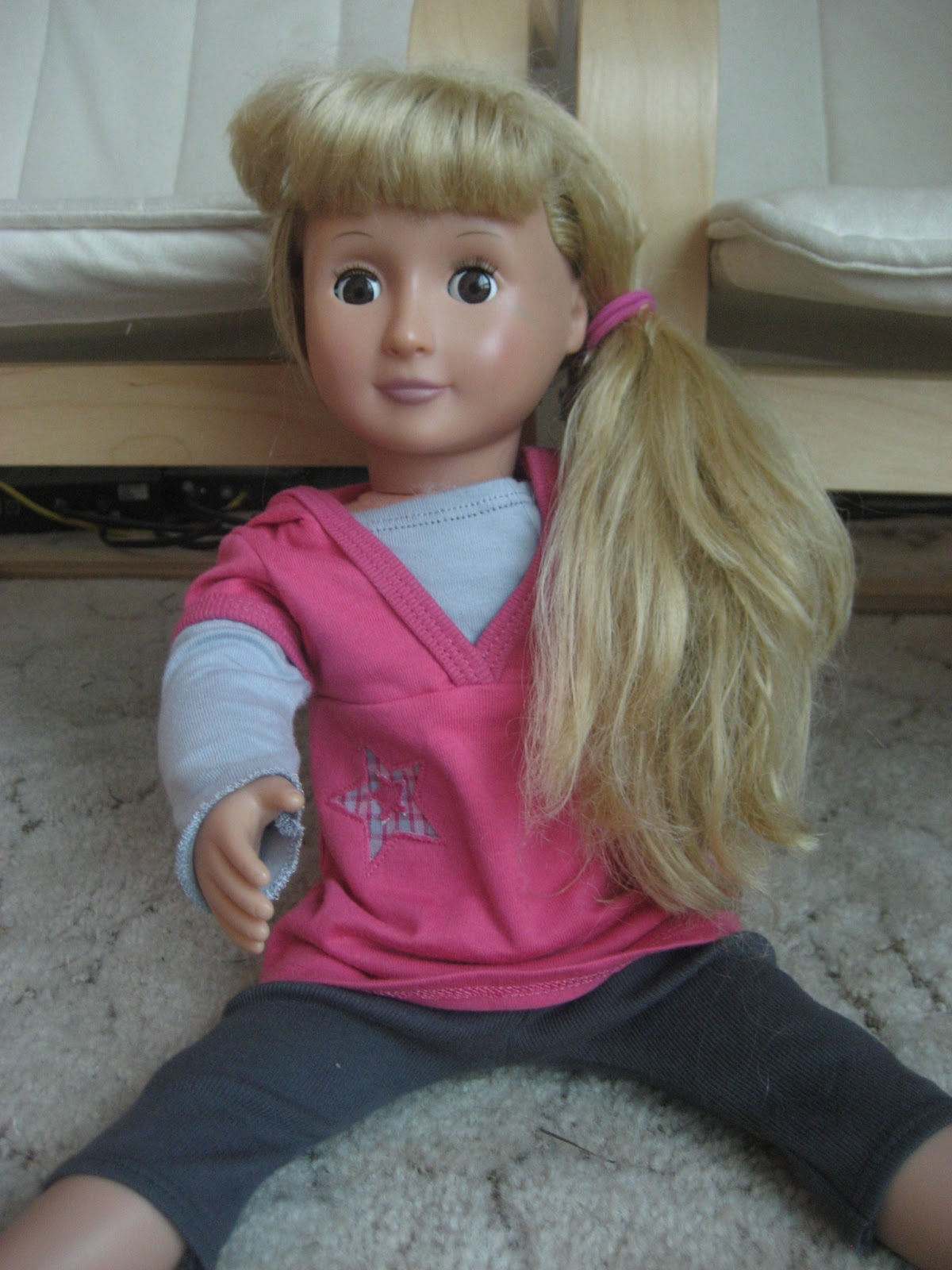 hair styling doll simply clean living american doll versus generic 5418