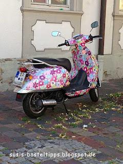 Flower Power Moped vintage blumen bemalt