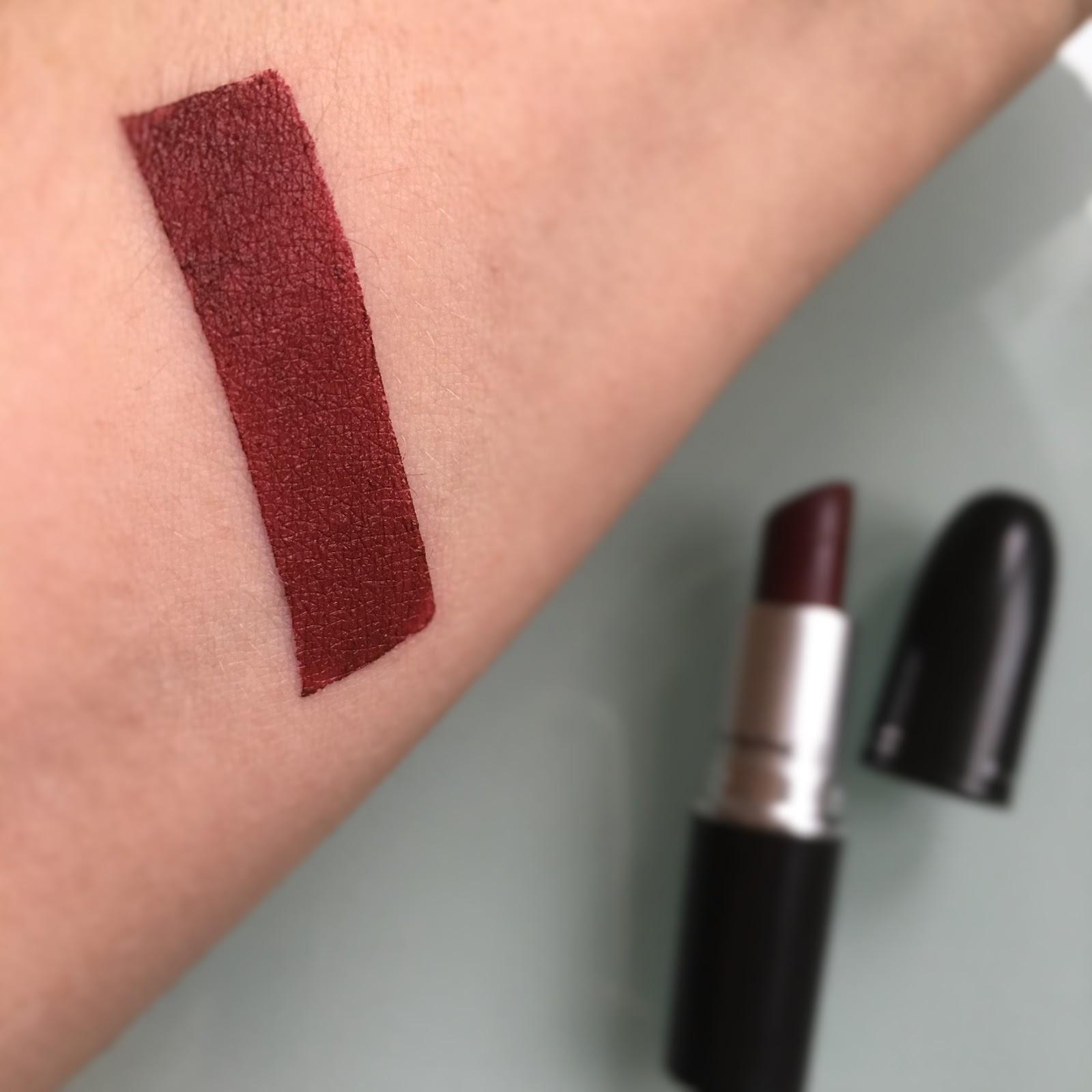 Fabulous GlowByFlo: MAC Lipstick - DIVA [Matte] @BB17