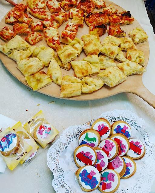 Nel Mondo di Peppa Pig a Leolandia nuovo punto snack Viva la pizza