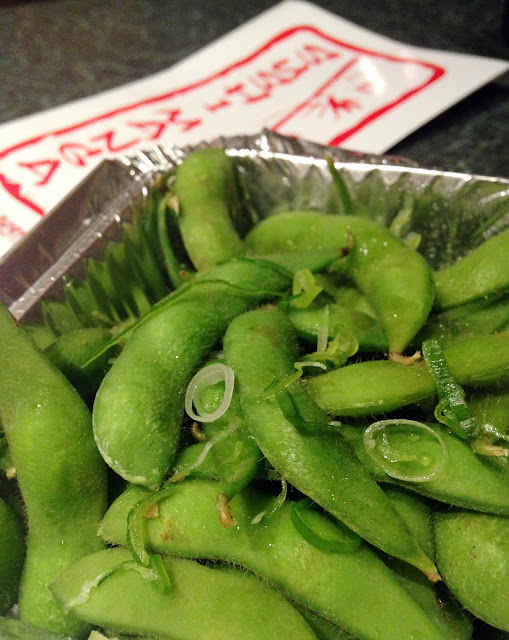 Edamame - Sushi Manga in Whiten (near Twickenham) serve fresh sushi, hot dishes such as rice, noodles and cats, sushi boxes, soups, salads and sides.