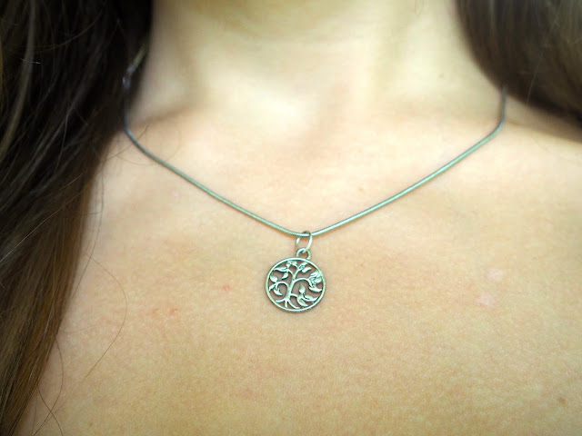 All About Accessories | outfit jewellery details of small silver Tree of Life necklace
