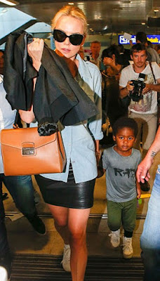 charlize theron s 4yr old son seen dressed in girl s