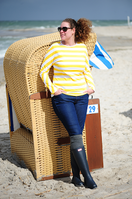https://seaofteal.blogspot.de/2017/04/stripes-at-sea-yellow.html