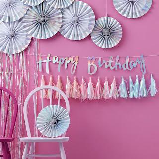 decoration anniversaire iridescent arc en ciel