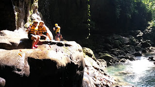 air terjun body rafting green canyon