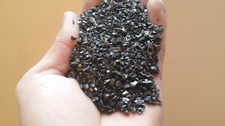 ( Sample of Anthracite Coal Size ( 0.5 : 3 mm