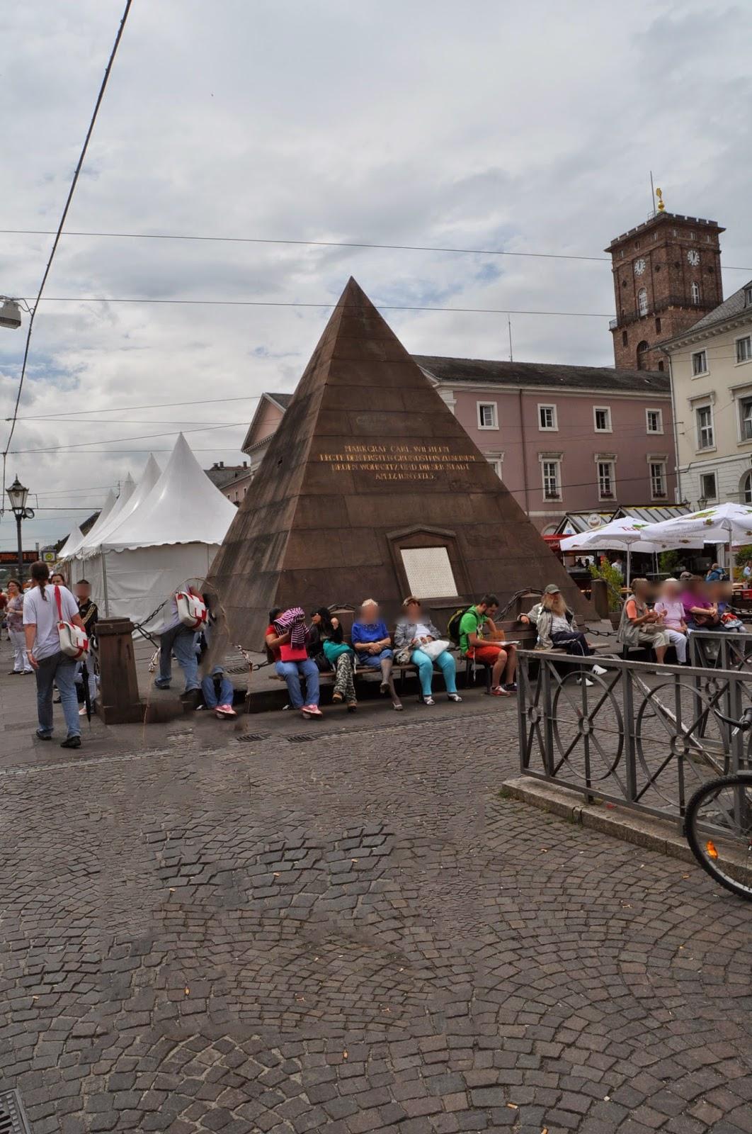 Foto de la pirámide de Karlsruhe