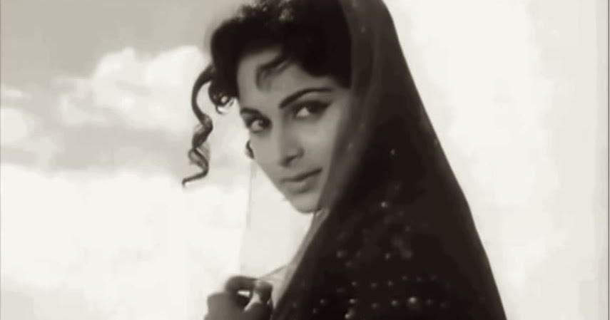 वहीदा ने 'प्यासा', 'कागज के फूल', 'प्रेम पुजारी', 'गाइड', 'कोहरा', 'बीस साल बाद', 'तीसरी कसम', 'नील कमल' और 'खामोशी' जैसी कई सुपरहिट फिल्मों में काम किया।