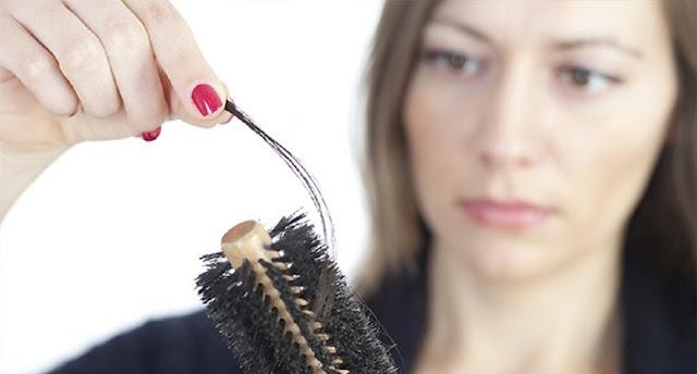 Perawatan Rambut Rontok dan Berketombe