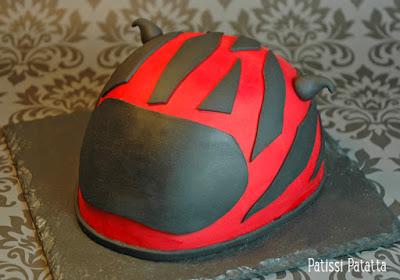 cake design, pâte à sucre, helmet cake, gâteau d'anniversaire, birthday cake, biker cake, patissi-patatta
