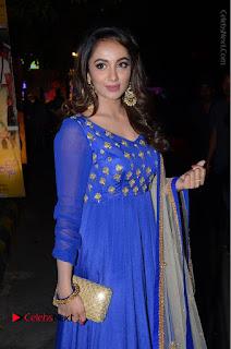 Telugu Actress Tejaswi Madivada Pos in Blue Long Dress at Nanna Nenu Na Boyfriends Audio Launch  0047.JPG