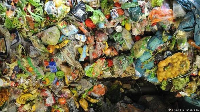 jenis sampah yang sering kita buang dan sangat sulit terurai
