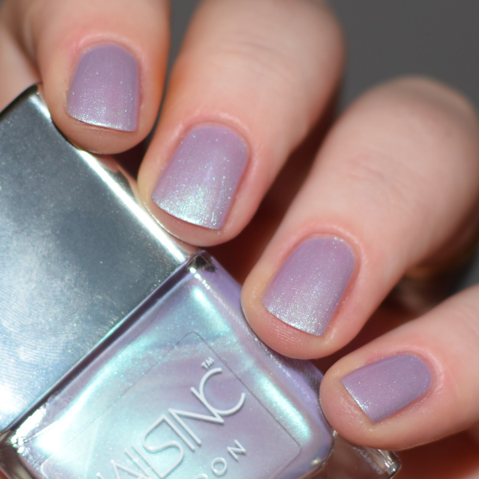 Nails Inc\'s Sparkle Like A Unicorn Duo // Swatch & Review | Nimy Nails