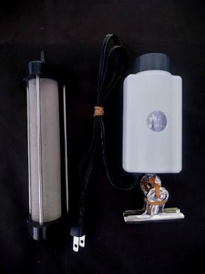 静音エアポンプと細かい泡が出るいぶきのエアストーン。エアレーションの最強タッグ。
