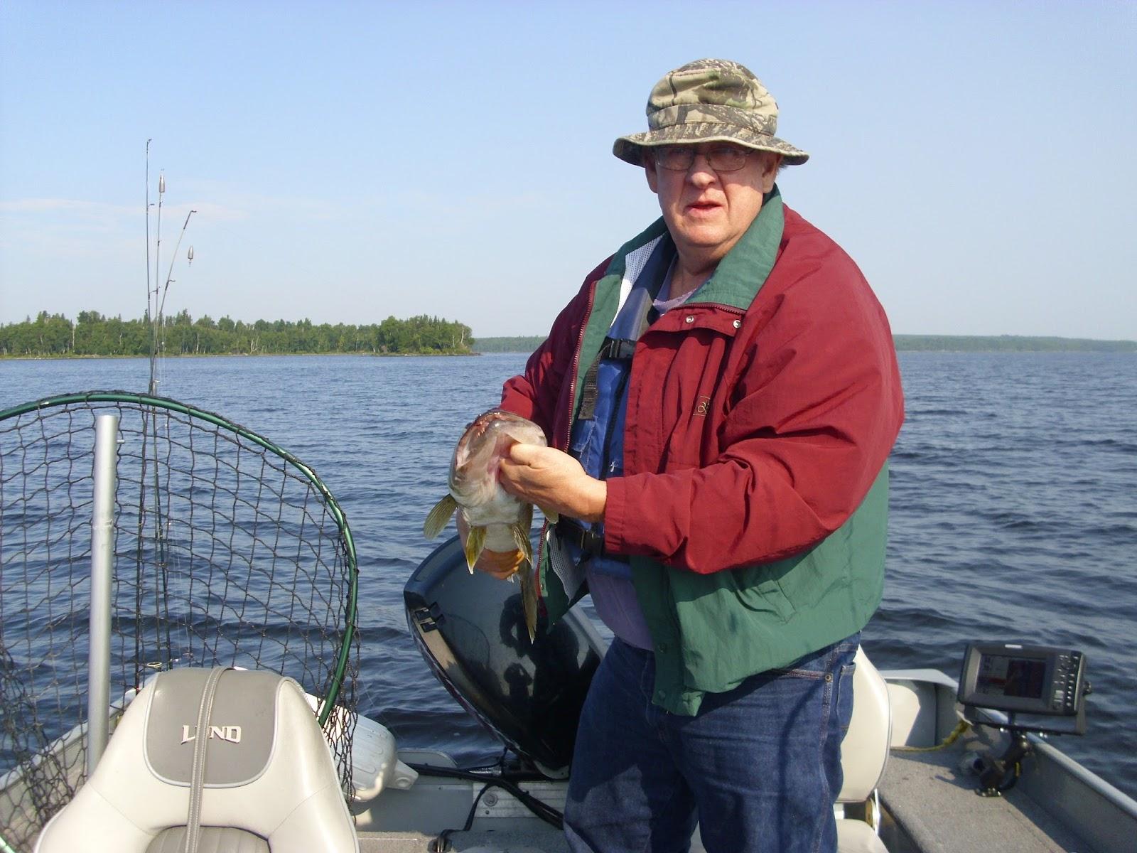 Let 39 s go fishing pakwash lake red lake ear falls for Fish at 30 lake