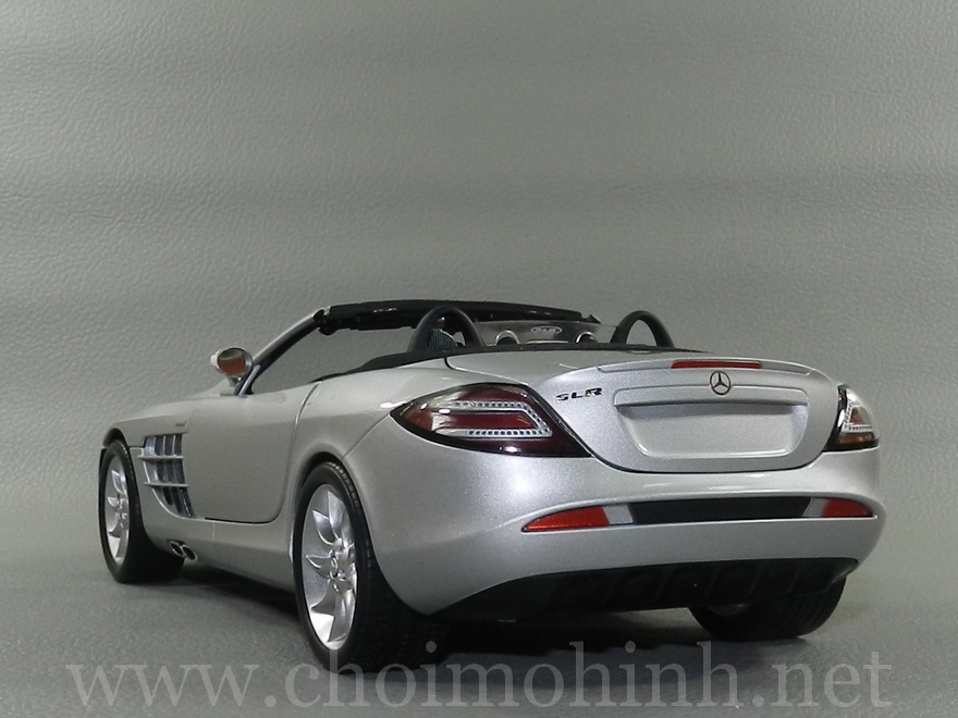 Mercedes-Benz SLR McLaren Roadster 2007 1:18 Minichamps back