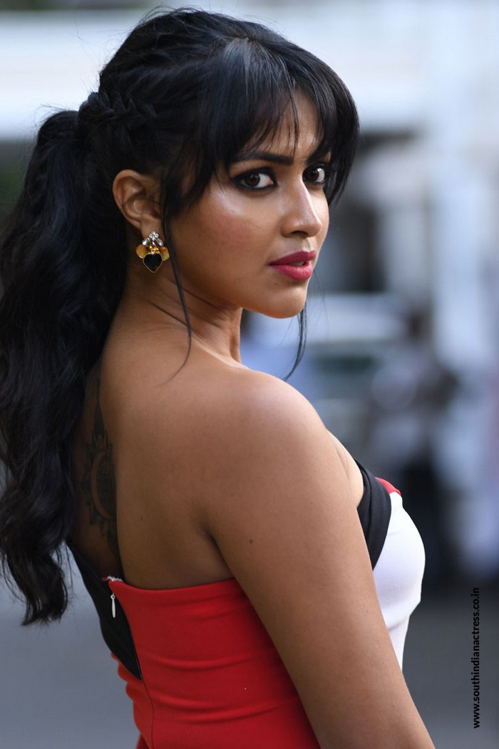Amala Paul Nude Photos 94