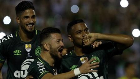 Assistir Chapecoense x Atlético Nacional AO VIVO Grátis em HD 10/05/2017