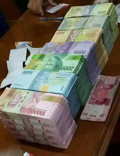 Pentingnya uang di zaman sekarang