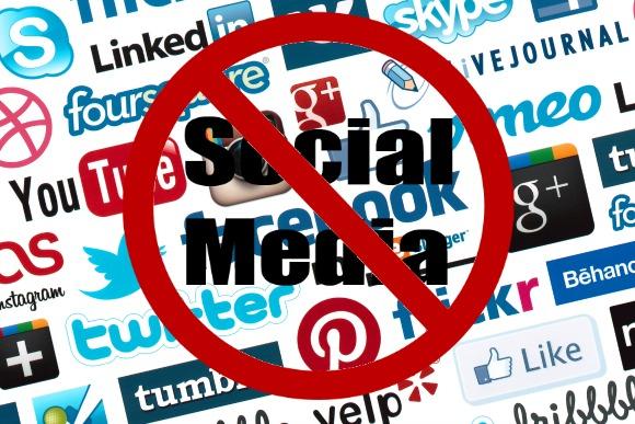 Internet Mulai Pulih di Kashmir, Media Sosial Tetap Diblokir