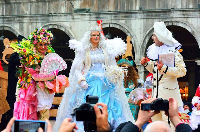 Otevření karnevalové scény na náměstí Sv. Marka již v sobotu, Benátský karneval, Benátky průvodce, kam v Benátkách, co vidět v Benátkách, památky Benátky Benátky karneval 2017