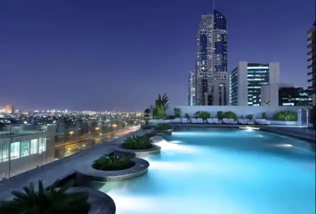 فندق ميلينيوم بلازا دبي millennium plaza hotel dubai