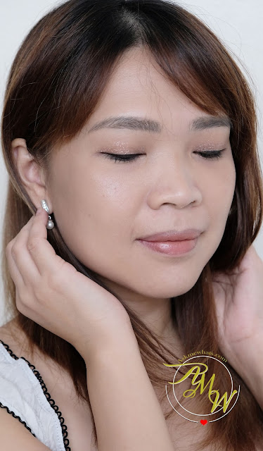 a photo of Pixi By Petra Glow-y Gossamer Duo and Liquid Fairy Lights Review by Nikki Tiu of www.askmewhats.com
